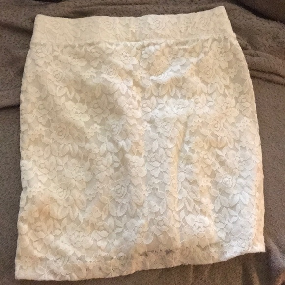 Nollie Dresses & Skirts - Lace Skirt